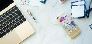 macbook, iphone, desk, pen
